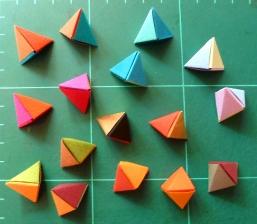Prototypen für die Herbstkollektion Ohrringe
