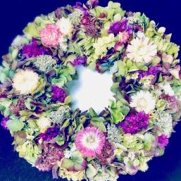 Trocken-Blüten-Kränze