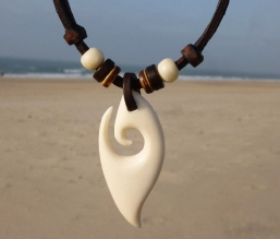 Surferkette Hei Matau  Halskette Herrenkette
