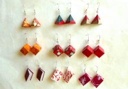 Die rote Ohrring-Kollektion für starke Frauen