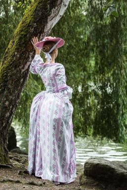 Die Zuckerwatte - eine Rokoko-Robe