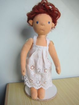 Eine neue Puppe entsteht