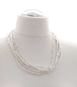Halskette aus Seide