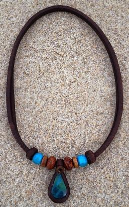 Handgefertigte Indianerschmuck Inka Halskette Energie Lederkette Amulett Türkis Stein Indianerkette Indianer Glücksbringer