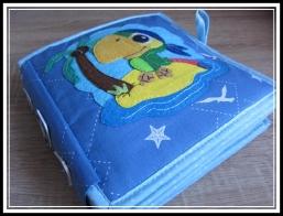 Handgemachtes Buch - Spielzeug für Kinder