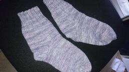 Meine neuen Socken mit der Wolle von Nakina