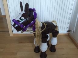 Pferd aus Tontopf