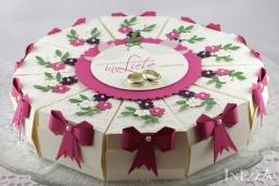 Schachteltorte zur Hochzeit in Pink