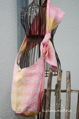 Sling-Tasche nach Wunsch