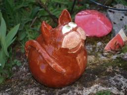 braune keramik Katze