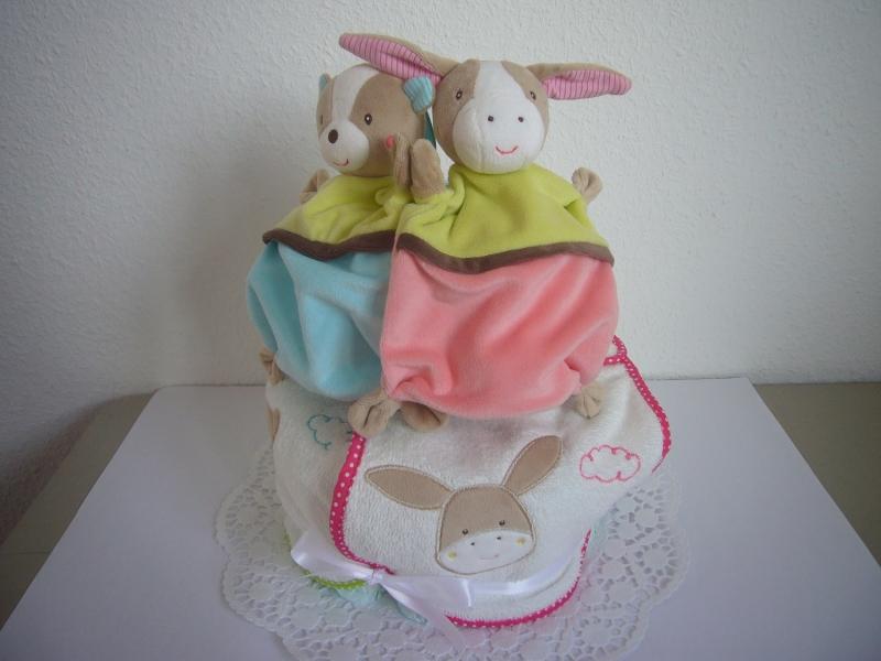 Kleinesbild - Windeltorte Zwillinge Schmusetuch Lätzchen Geburt Baby Geschenk