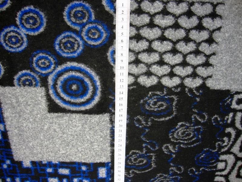 - Italienischer Walkloden blau grau schwarz Herzen Kreise Blumen - Italienischer Walkloden blau grau schwarz Herzen Kreise Blumen