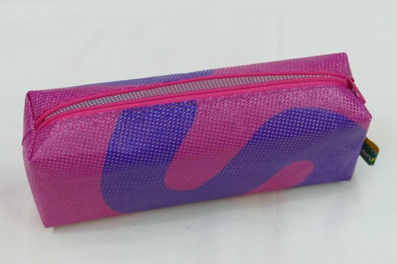 Kleinesbild - Mäppchen - Upcycling aus Werbebanner, pink / lila