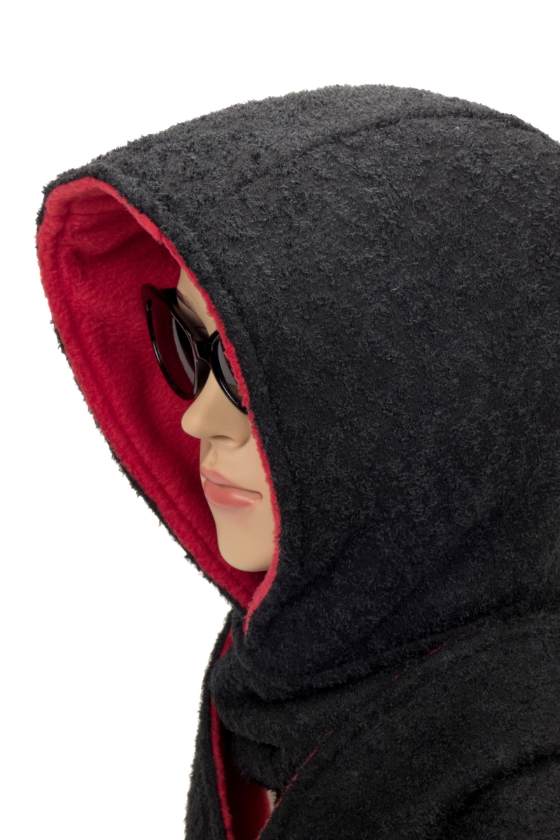 Kleinesbild - Kapuzenschal ♥Rotkäppchen♥ Kapuze und Schal in einem, in schwarz und rot ♥ statt Mütze windgeschützt, kuschelig und warm