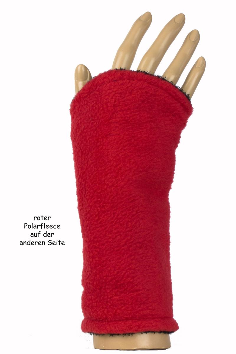 Kleinesbild - Armstulpen zum Wenden in schwarz und rot aus Strickbouclé und Fleece für Erwachsene