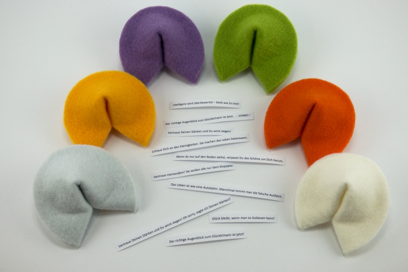 Kleinesbild - Glückskekse aus Filz ♡ bunte Mischung ♡ 6 Stück große Glückskekse in verschiedenen Farben