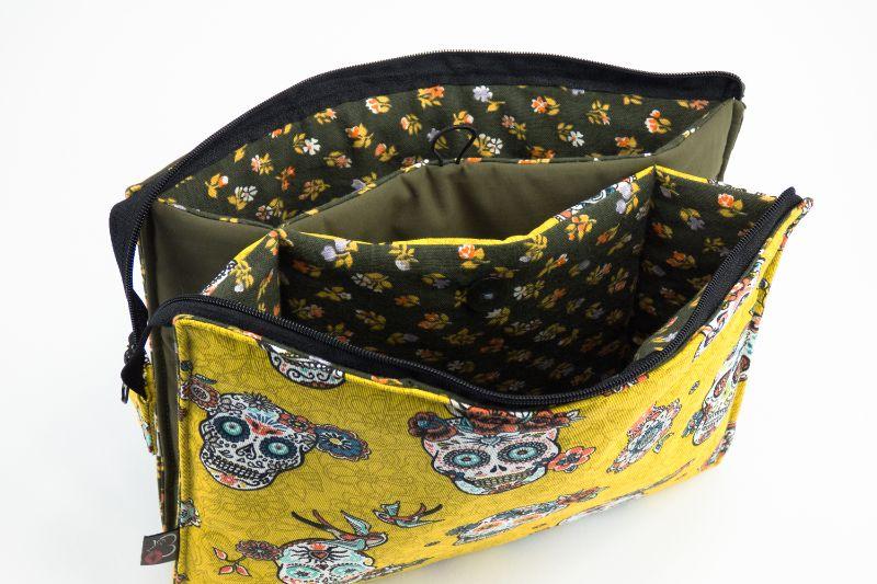 Kleinesbild - Kosmetiktasche ♥Sugarskull♥ gelb mit kaki und 3 Fächern ♡ Dia de los Muertos ♡ Taschenorganizer für Kosmetik und mehr
