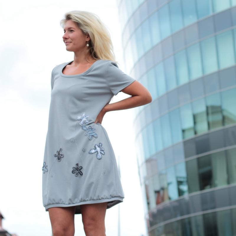 db47238b217b3b Kleid grau festlich, Kleid nach Maß, Sommerkleid, knielanges Kleid, graues  Kleid