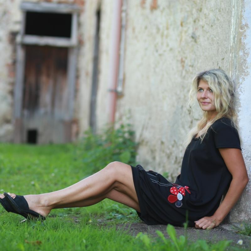 c04e55cf91b3e0 Abendkleid schwarz, Kleid nach Maß, Sommerkleid, knielanges Kleid,  schwarzes Kleid,