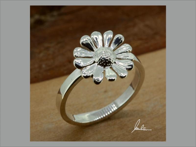 - Ring☆ Blüte ☆ Schwarzenberger Edelweiß , kleines Gänseblümchen - Ring☆ Blüte ☆ Schwarzenberger Edelweiß , kleines Gänseblümchen
