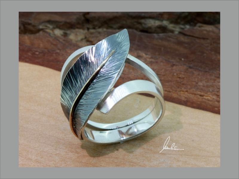 - Desing Ring aus Silber in Handarbeit Blatt     - Desing Ring aus Silber in Handarbeit Blatt