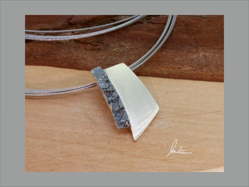 - Anhänger in Handarbeit  Silber poliert und strukturiert - Anhänger in Handarbeit  Silber poliert und strukturiert