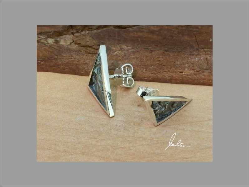 Kleinesbild - Ohrringe in Handarbeit gearbeitet mit strukturiertem Silber