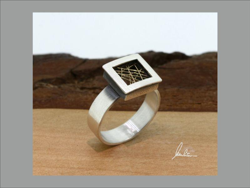 - Filigraner Ring in Silber und Gold in Handarbeit hergestellt - Filigraner Ring in Silber und Gold in Handarbeit hergestellt