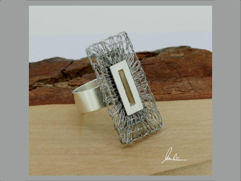 - Ring Klöppelschmuck und Spinnweben hergestellt in Silber und Edelstahl in Handarbeit - Ring Klöppelschmuck und Spinnweben hergestellt in Silber und Edelstahl in Handarbeit