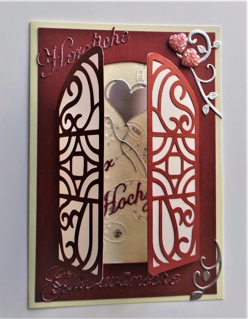 - Aufwendig gearbeitete Hochzeitskarte in dunklem Weinrot metallic mit Türchen - Aufwendig gearbeitete Hochzeitskarte in dunklem Weinrot metallic mit Türchen