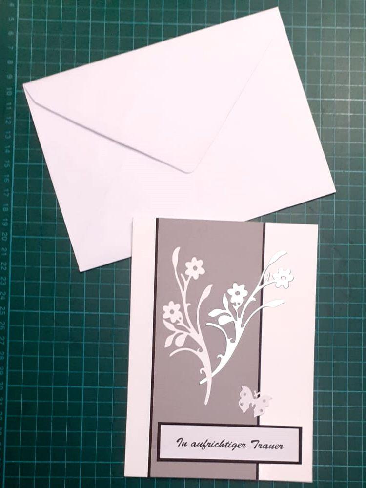 Kleinesbild - Beileidskarte, Trauerkarte mit Umschlag, Schwarz/Weiß & silbern, Trauer, Verstorben, Beileid  Anteilnahme, Kondolenz