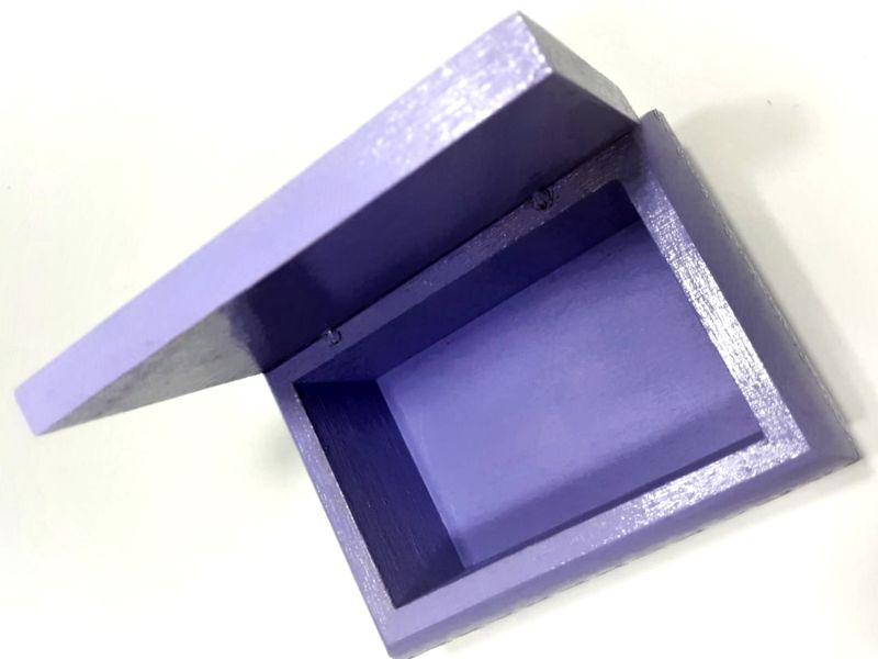 Kleinesbild - Kleines Schatzkästchen, handbemalte und verzierte Holzschachtel mit Schwan als 3D-Motiv