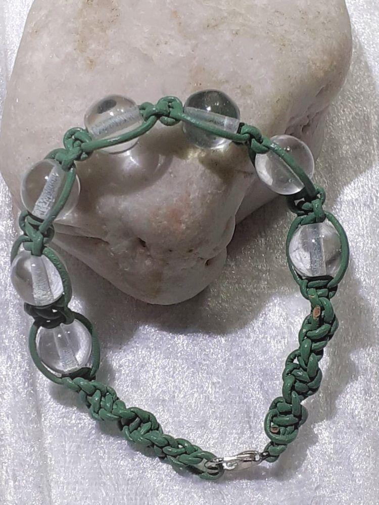 Kleinesbild - Handgefertigtes  Leder-Armband, grün für zarte Arme