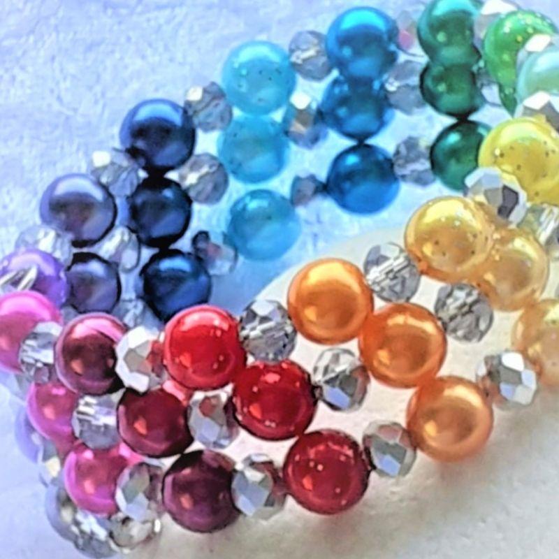 """- Perlen-Armreifen """"Ein Regenbogen aus Perlen""""  handgearbeitet * - Perlen-Armreifen """"Ein Regenbogen aus Perlen""""  handgearbeitet *"""