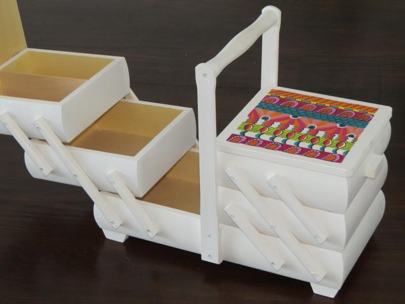 Kleinesbild - Nähkästchen Nähkasten Nähkorb Nähkiste Handbemalt Landhaus Holz Handarbeit groß