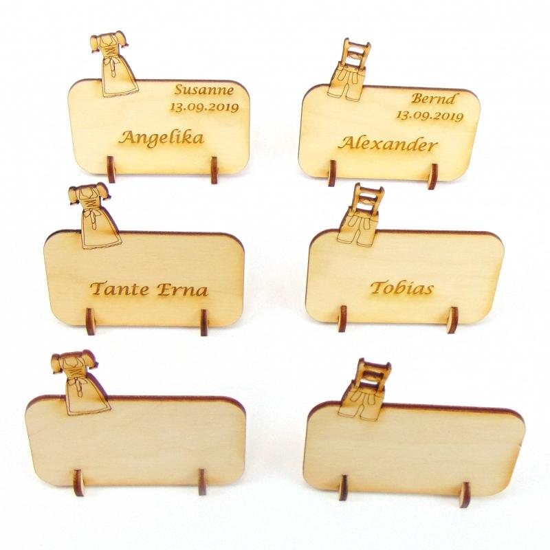 Kleinesbild - Tischkarte für Bayern Fans, Dirndl und Lederhose, Platzkarte Namensschild für Festtafel aus Holz, Oktoberfest, Volksfest Karten