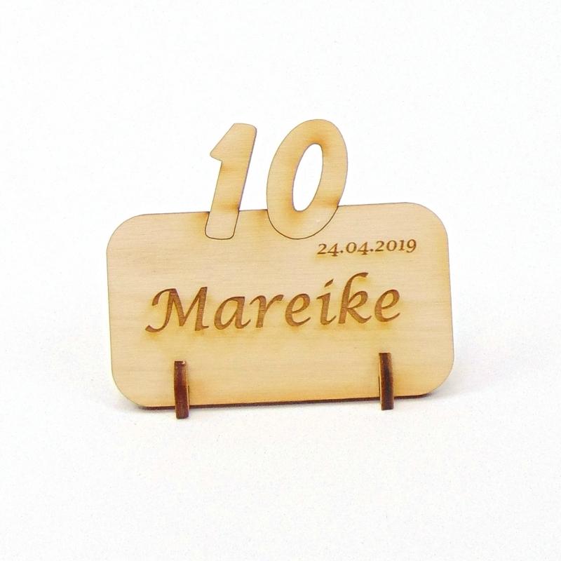 Kleinesbild - Tischkarte mit Zahl 10, Platzkarte Namensschild für Festtafel aus Holz, 10. Jubiläum, 10. Hochzeitstag