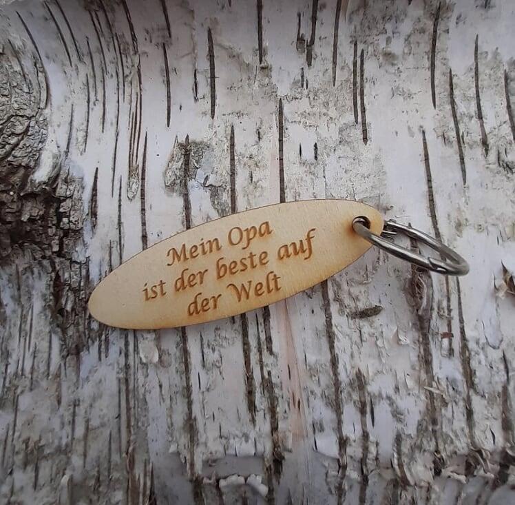 - Schlüsselanhänger  ♥ Mein Opa ist der Beste auf der Welt ♥ aus Holz zum Verschenken - Schlüsselanhänger  ♥ Mein Opa ist der Beste auf der Welt ♥ aus Holz zum Verschenken