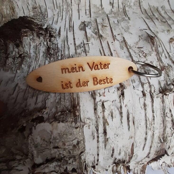 - Schlüsselanhänger  ♥ Mein Vater ist der Beste  ♥ aus Holz zum Verschenken - Schlüsselanhänger  ♥ Mein Vater ist der Beste  ♥ aus Holz zum Verschenken