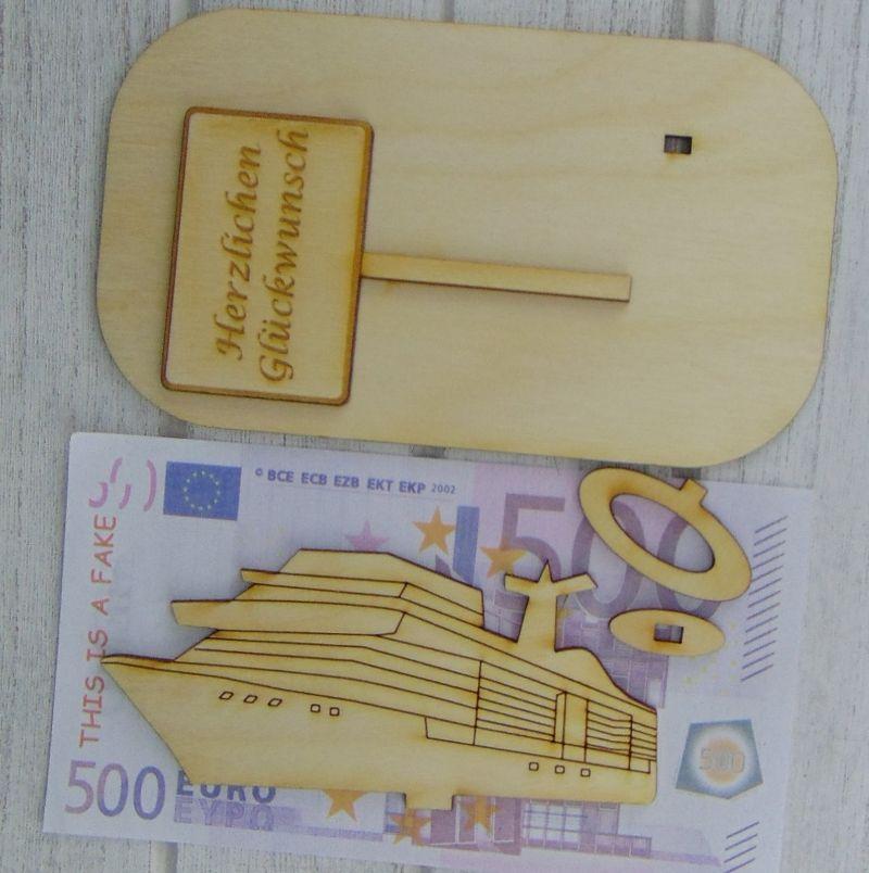 """Kleinesbild - Geld- oder Gutscheingeschenkset ★ Kreuzfahrtschiff aus Holz mit der Aufschrift """"Wünschen kann man sich alles!"""" ★ Personalisierung möglich"""