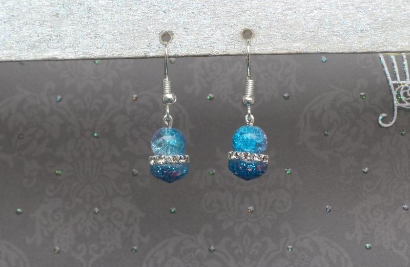 - Ohrringe Lizzy - niedliche, handgefertigte Ohrhänger in blau und pink mit Glasperle und Strass - Ohrringe Lizzy - niedliche, handgefertigte Ohrhänger in blau und pink mit Glasperle und Strass