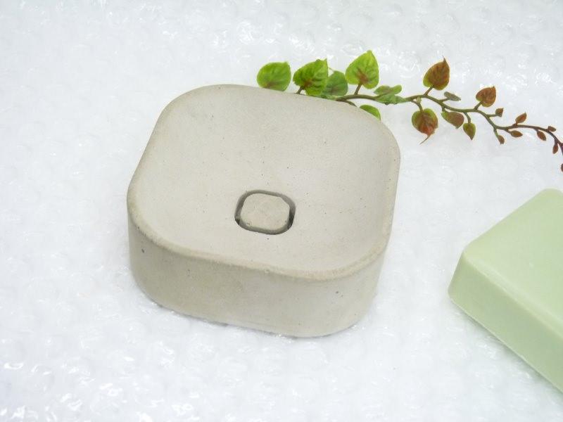 Kleinesbild - Trendige Seifenschale, handgegossen , aus Feinbeton