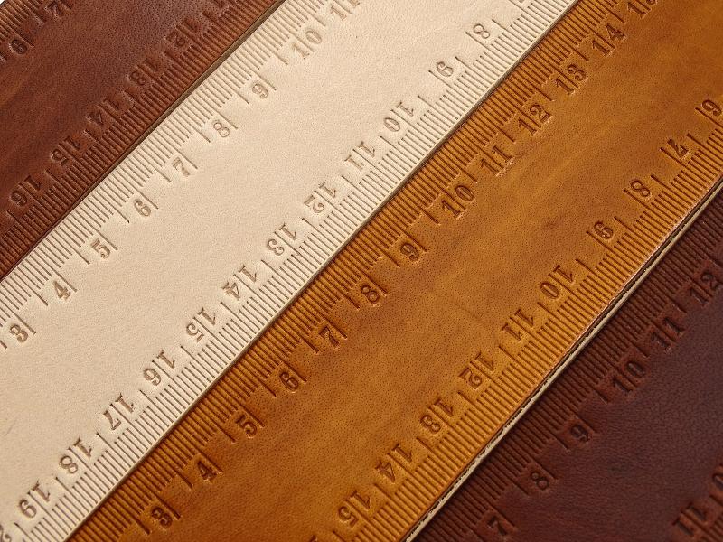Kleinesbild - Leder Lineal Maßband mit 20 Zentimeter OX RAW RULER Lion - Vickys World - Kostenloser Versand