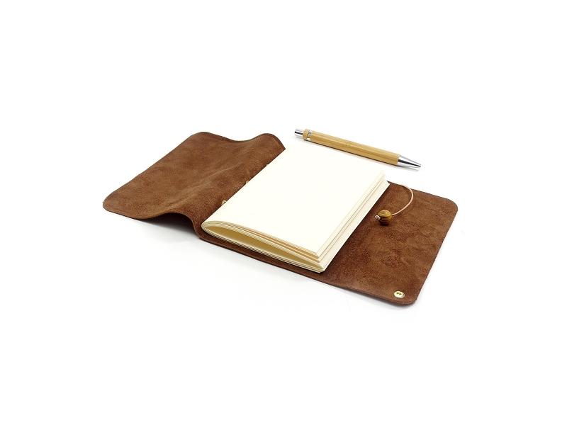 Kleinesbild - Lederbuch Tagebuch Notizbuch - Travel Memory Bamby A6 - 100 Seiten - Vickys World - Kostenloser Versand