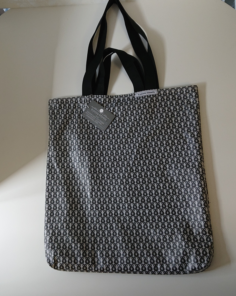 Kleinesbild - Einfacher Shopper , Einkaufstasche, aus beschichteter Baumwolle und farblich abgesetztes Innenfutter in oliv, Handmade by la piccola Antonella