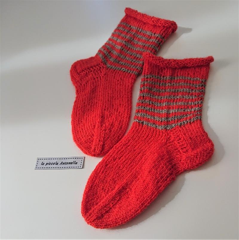 Kleinesbild - Handgestrickte Kinder  Wollsocken, Kindersocken ,  Gr. 24/25 , in orange, Handmade by la piccola Antonella
