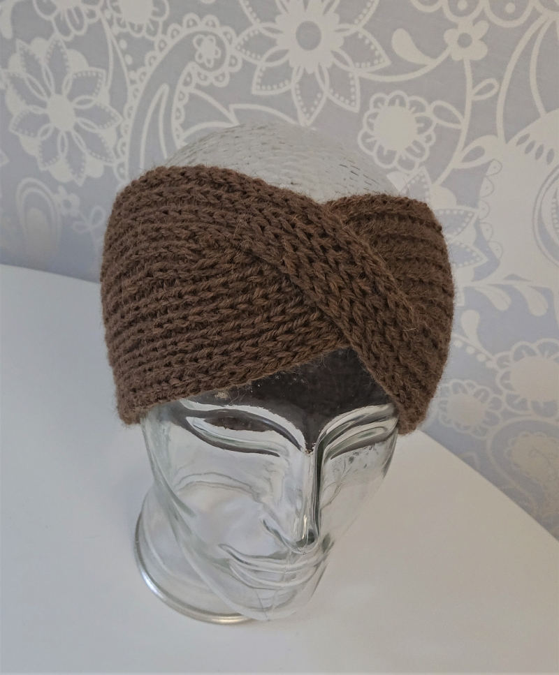 Kleinesbild - Gestricktes Stirnband ,  handgestrickt aus  100% Alpaka , flacher Twist, braun,   diverse Farben möglich ,  handgestrickt von la piccola Antonella