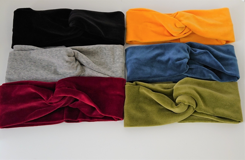 Kleinesbild - Stirnband genäht aus  Baumwolle ( Nicki ) mit Twist , samtige Oberfläche,  Breite ca. 9 cm, Farbwahl , Handmade by la piccola Antonella