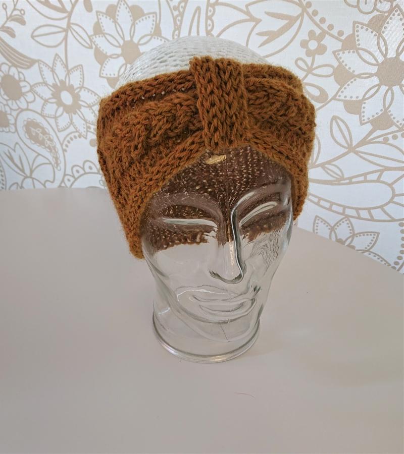 Kleinesbild - Gestricktes Stirnband mit Zopfmuster und gerafften Twist in senf gelb ,  handgestrickt aus  100% Alpaka,  handmade by  la piccola Antonella