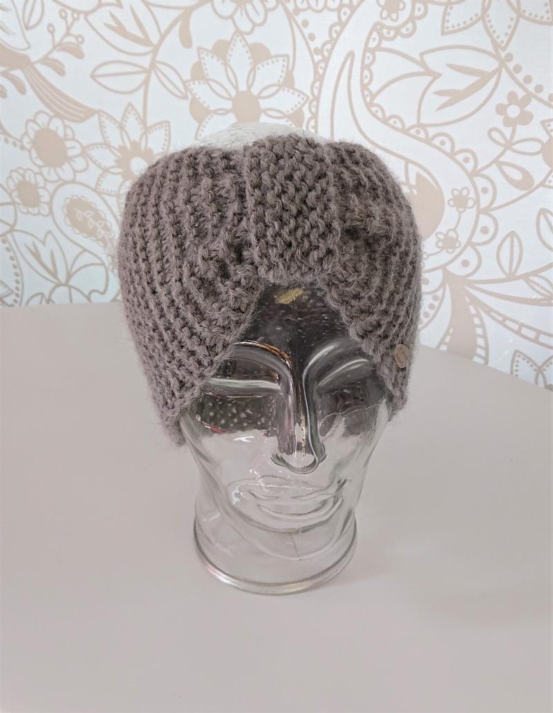 Kleinesbild - Breites gestricktes Stirnband in Grau aus 100%  Alpaka ,geraffter Twist, handgestrickt von la piccola Antonella